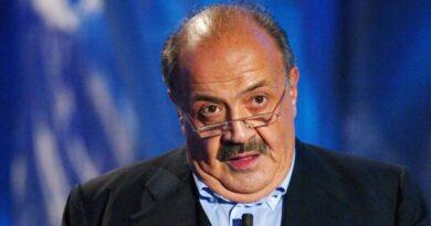 """GOCCIA CINESE """"MOUrizio Costanzo"""""""