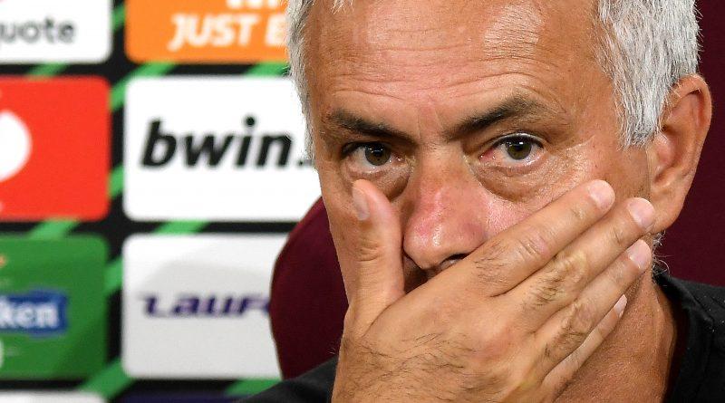 """MOURINHO """"E' una partita contro grande squadra. E' difficile per noi e non credo sarà facile per loro"""""""